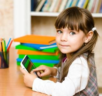 Kind mit einem Tablet